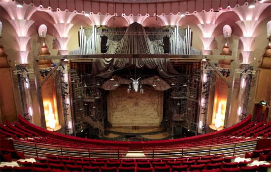 Apollo Victoria Theatre 17 Wilton Road London Sw1v 1lg